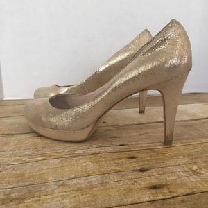 Vince Camuto gold platform heels. Size 10